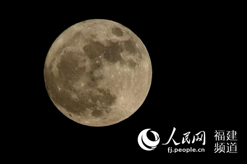 高清 超级月亮 奇观再次上演 福州观测效果极佳