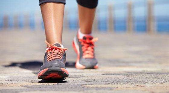 """每天暴走15公里,当心走出""""足跟痛""""""""关节伤"""""""