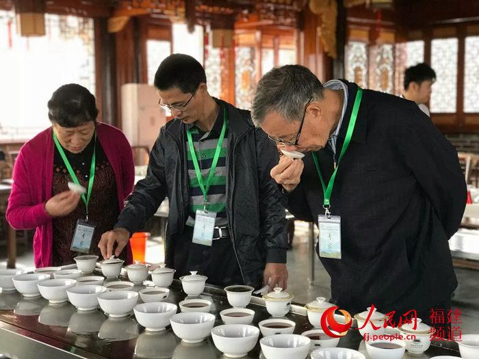"""第十届武夷山""""中国茶乡杯""""茶王赛揭晓"""