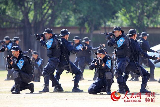 福建公安12支特警队伍1千多名特警队员开展实战演练(图1)