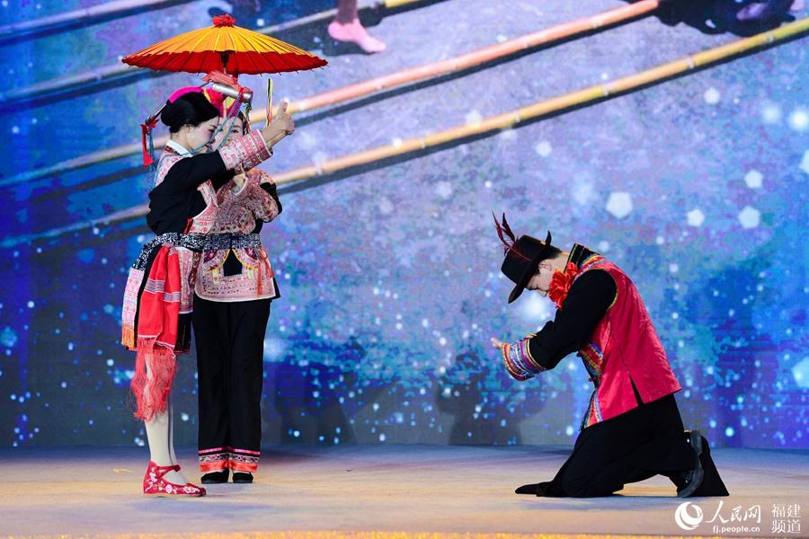 启动仪式上的畲族民俗表演 福州广播电视台新电广传媒供图